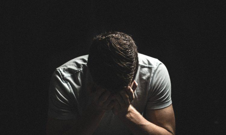 Nos tentatives pour sortir de notre insatisfaction professionnelle pourraient bien contribuer à nous maintenir dans nos difficultés