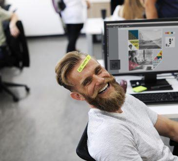 Une quête orientante et psychodynamique du bonheur au travail: Le rôle des relations précoces