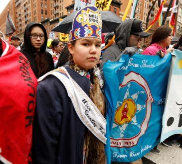 Femmes et Autochtones en région minière : la double peine