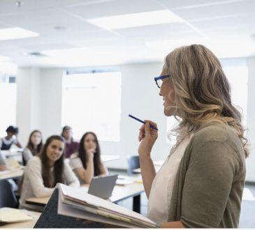 Pénurie des enseignants francophones : un envers du décor parfois explosif pour les étudiants