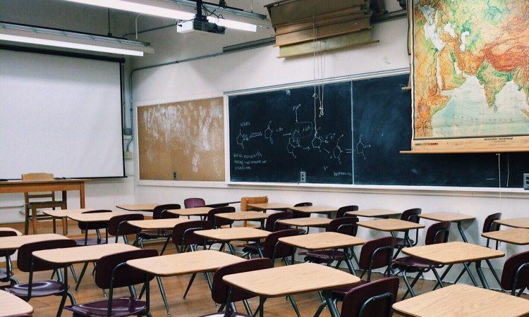 Redéfinir l'éducation en Ontario du 21e siècle, pionnier du monde?