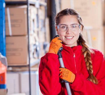 Emplois d'été Canada 2019 offre plus de 560 emplois à des jeunes à risque de Toronto