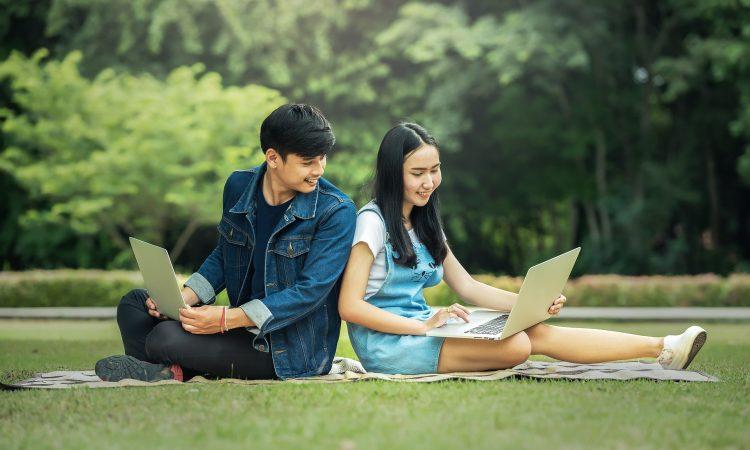 6 symboles de réussite valorisés chez les jeunes