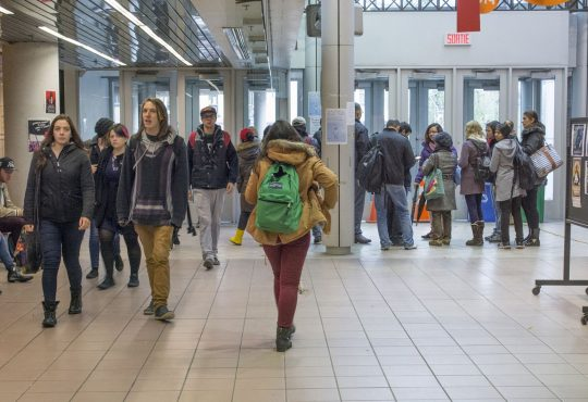 Quel rôle joue l'université dans la santé psychologique étudiante?
