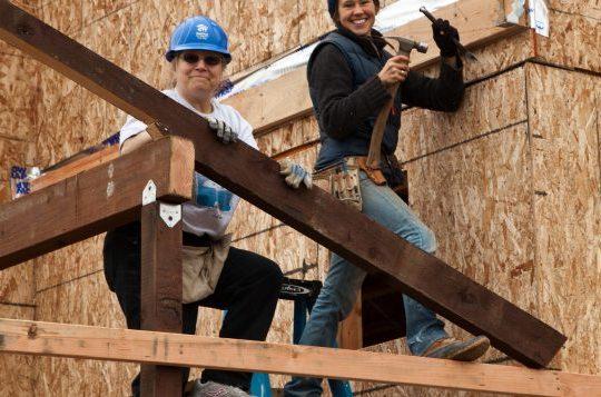 Métiers de la construction : faire plus de places aux femmes immigrantes