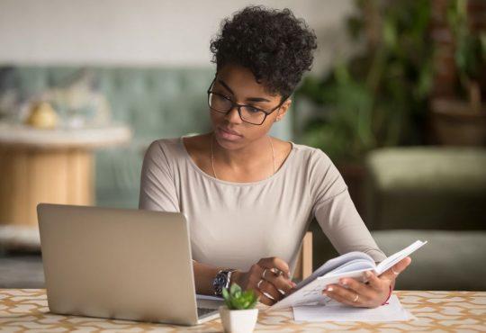 Un guide pour faciliter l'intégration professionnelle des étudiants des cycles supérieurs