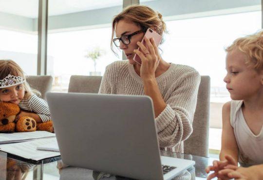 Détresse psychologique des femmes: la part de la famille, l'œuvre du travail