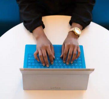 Embaucher sans contact humain: un défi pour les entreprises