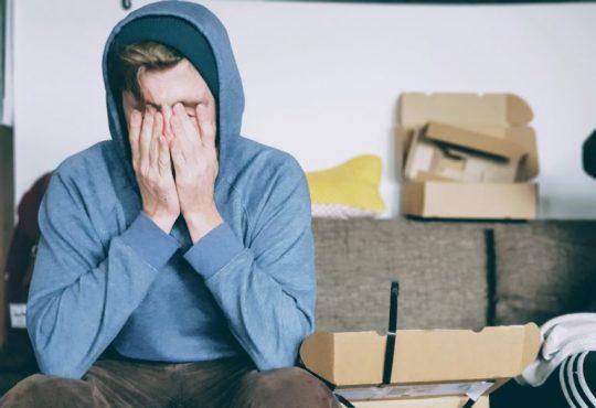 La santé mentale des Canadiens serait (légèrement) moins affectée par une perte d'emploi