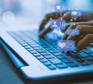 Les entreprises se tournent de plus en plus vers les médias sociaux pour filtrer les candidats