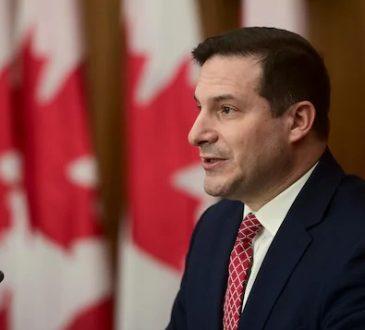Un nouveau permis de travail pour retenir les étudiants étrangers au Canada
