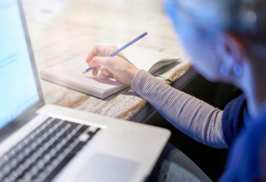 Des cégeps se mobilisent pour offrir des formations aux gens sans emploi