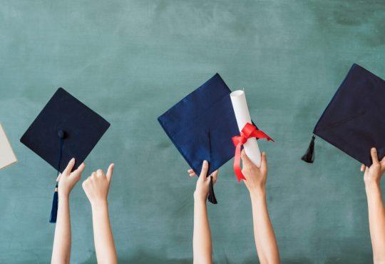 Obtenir un diplôme avant l'âge de 20 ans