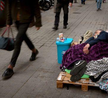 Cent millions de travailleurs de plus dans la pauvreté