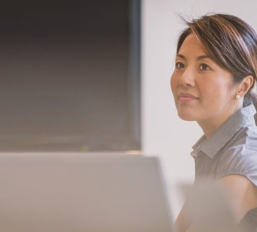 Les femmes gèrent-elles mieux les conflits en milieu de travail ?