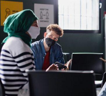 L'avenir hybride : modifier les services d'emploi