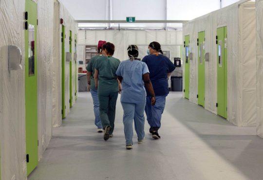 Le chemin de croix des infirmières